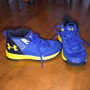 Under armor Steph curry shoes boys size 1.5y